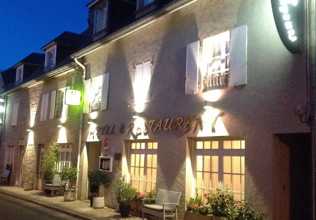 Photo Hôtel Restaurant des Voyageurs- TARNAC