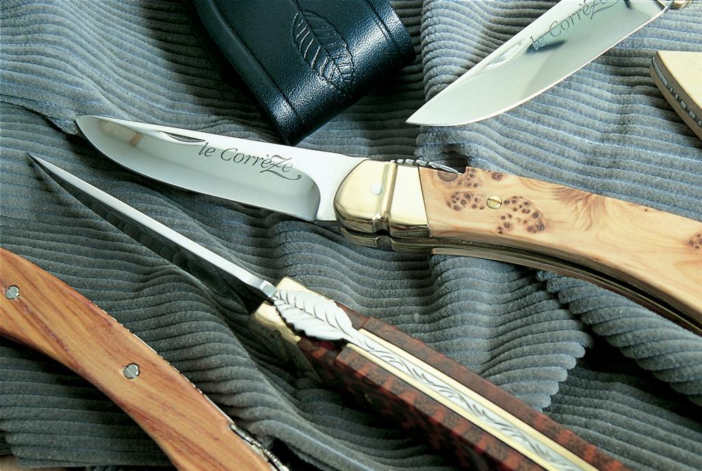 Atelier le couteau de corr ze collonges la rouge tourisme en corr ze - Office de tourisme collonges la rouge ...