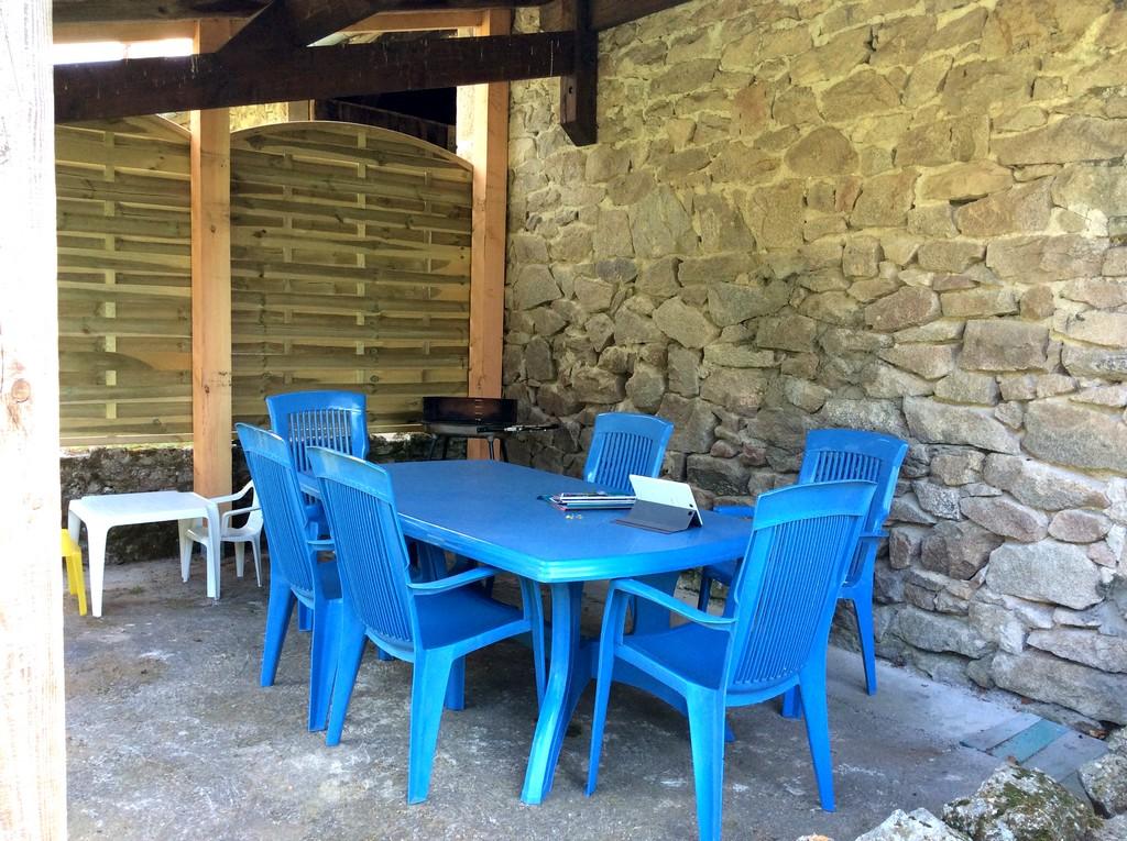 Porte Régional Millevaches De Du Parc Naturel EymoutiersVille EDW29IH