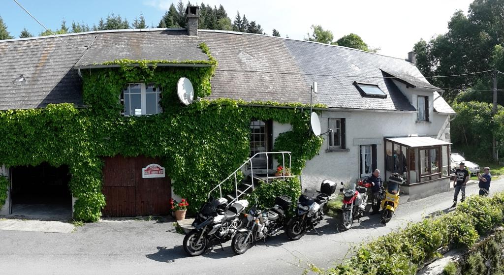 Photo RidersRest : Chambre d'hôtes motards- TREIGNAC