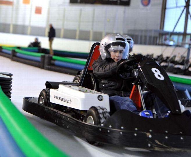 Limoges : Karting sur glace à la patinoire