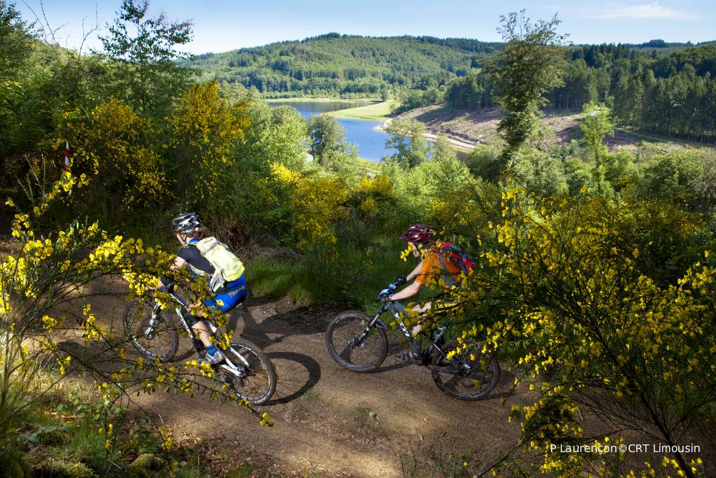 Cyclotourisme dans les monts de Blond