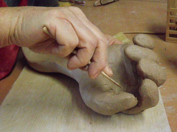 Stage céramique en Limousin : devenez sculpteur au cœur d'un village d'artistes