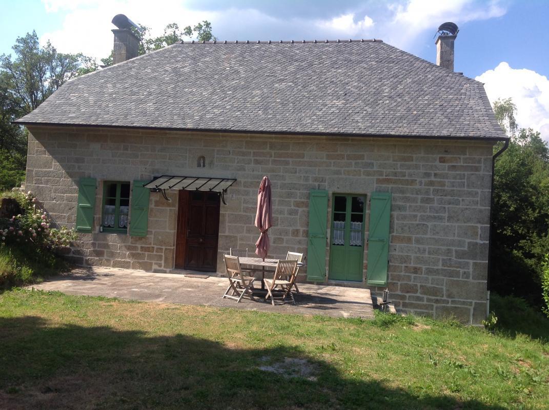 Photo Location Gîtes de France  - Réf : 19G4051- CHAUMEIL